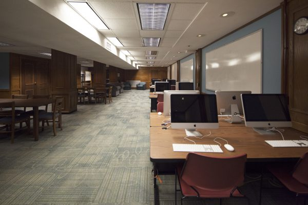Another view of the computer lab for Kronshage.