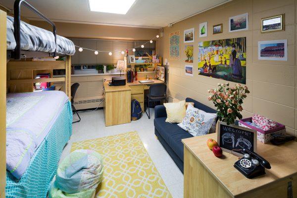 Best Room Contest finalists' room in Bradley Hall