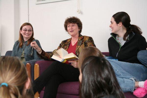 BLC residents with Faculty Fellow Susan Brantly