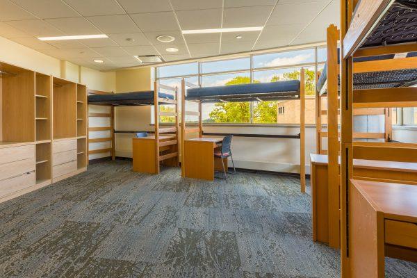 Dejope Quad room photo